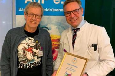 Wolfgang Schlüter (AdP e.V, Regionalgruppe Oldenburg/Weser-Ems.), Prof. Dr. med. Dirk Wehye, Pius-Hospital. Foto: Pius-Hospital